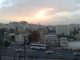 Widok na zachodnią część Jerozolimy z hotelu Leonardo Jerusalem