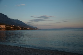 wieczorowe morze, Brela