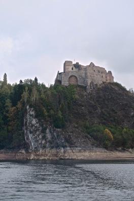 zamek Czorsztyn 2