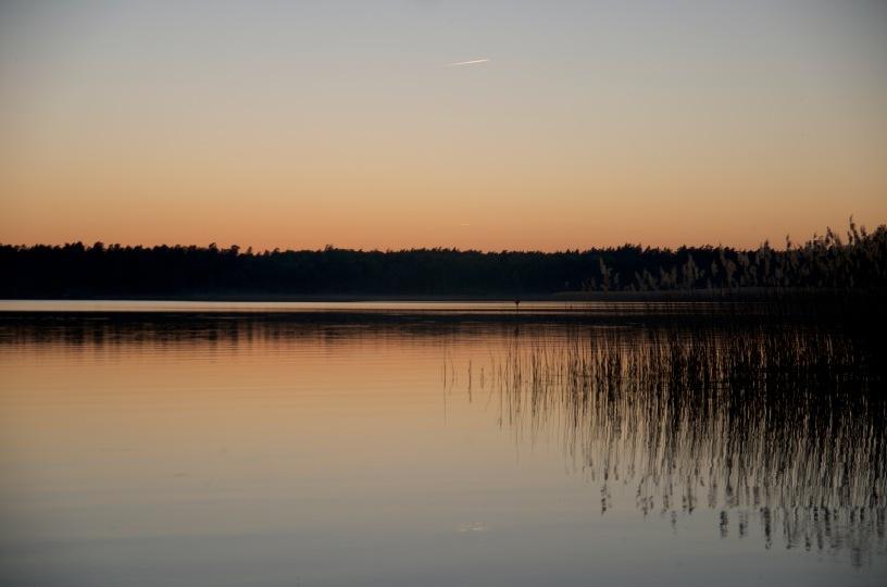 zachod nad jeziorem Beldany